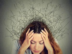 Как справиться с хронической тревожностью: 4 совета